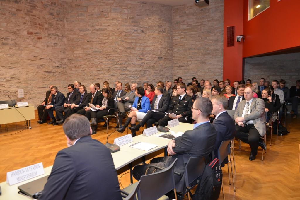 Vizită de studiu în Estonia pentru reprezentanţii Comisiei Securitate Naţională, Apărare şi Ordine Publică