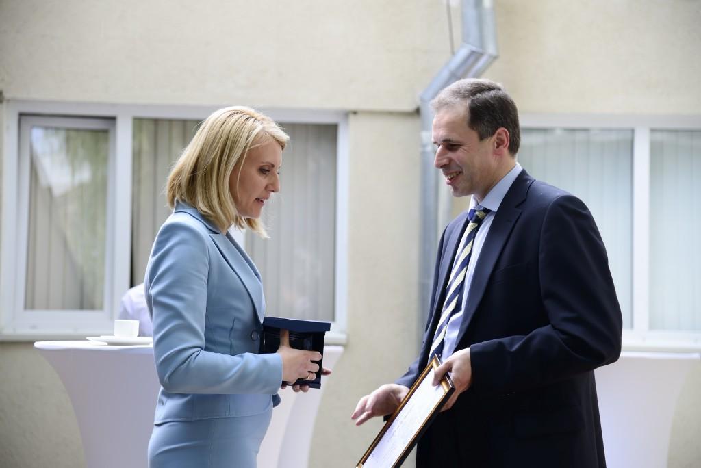 Ceremonia de decernare a premiilor CID NATO pentru partenerii Centrului