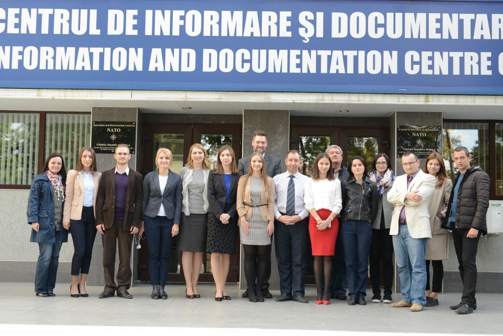 """Programul de training-uri """"Consolidarea capacităților jurnaliștilor și a formatorilor de opinie în domeniu securității și apărării"""""""