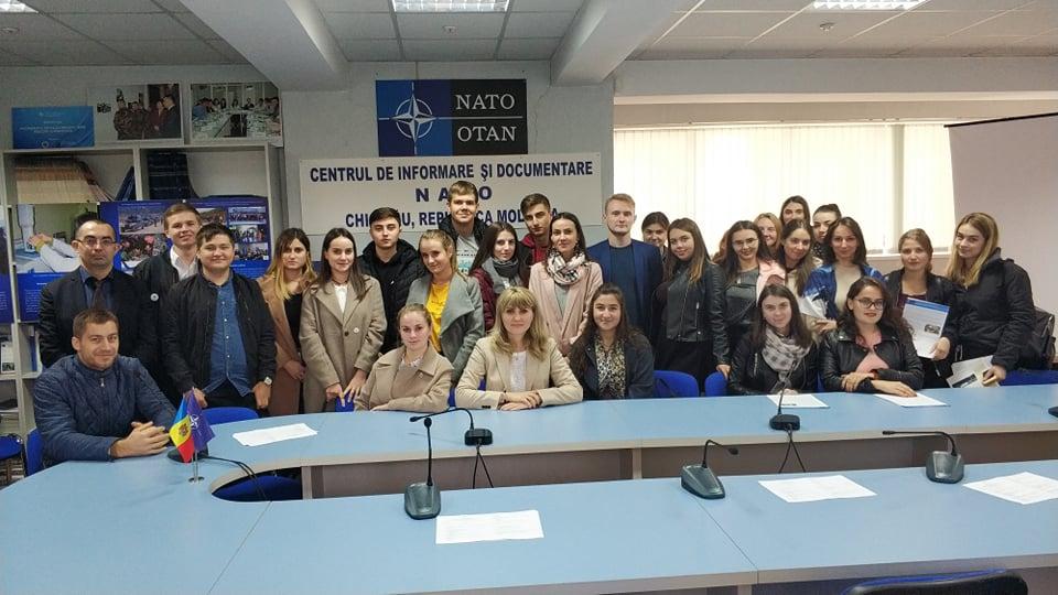 Discuții cu studenții de la FRIȘPA, USM